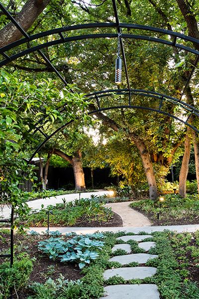 Gardens at Night Project in Focus Deepdene Outdoor lighting 2