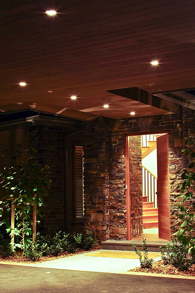 Gardens at Night Project in Focus Outdoor Lighting Mainridge 4