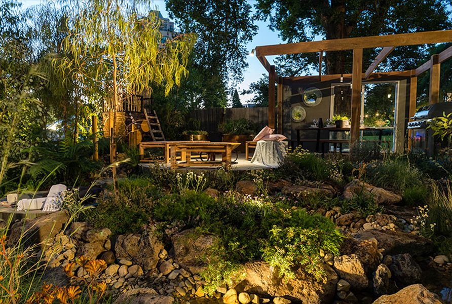 MIFGS 2018 Gardens by Twilight Gardens at Night 6