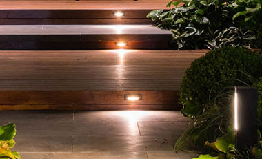 Step Light Linear Recessed 210