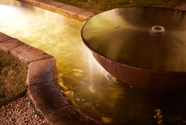 Gardens-at-Night_Landscape-Lighting_Underwater-Light_nightInspired Exteriors